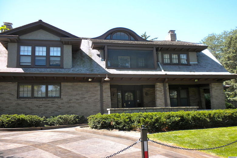 Warren Buffet home
